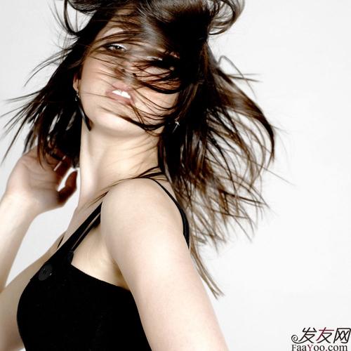 关于脱发的病因和治疗